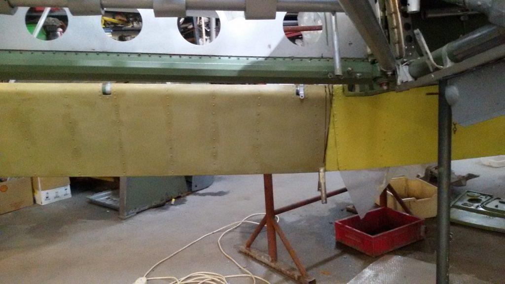 Main wing flap