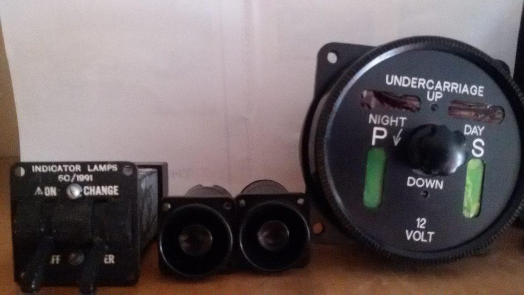 Indicator lamp switch